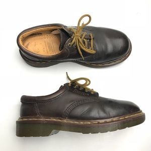 Doc Martens Classic 5 Eye Vintage Leather Oxfords
